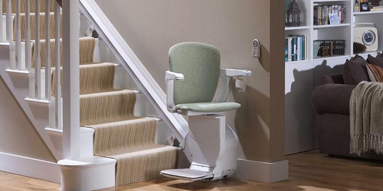 les crit res pour le choix d 39 un monte escalier. Black Bedroom Furniture Sets. Home Design Ideas