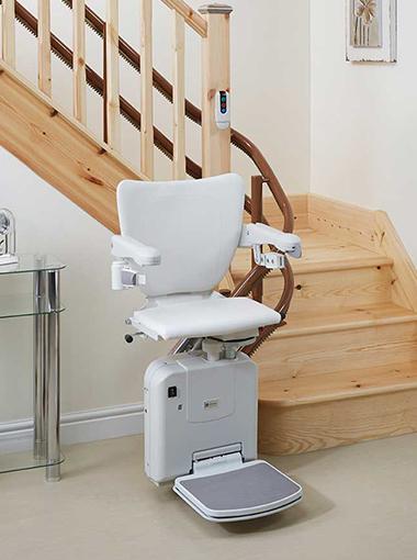 monte escalier tout savoir sur les monte escaliers. Black Bedroom Furniture Sets. Home Design Ideas